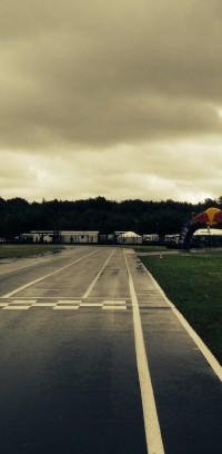Ligne d'arrivée pluie arche Red Bull Ostricourt