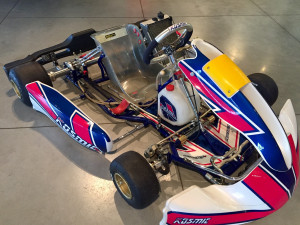 Kosmic KZ Mercury World Champion Racing Kart JPR Ostricourt
